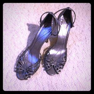 Kate Spade Dark Silver Metallic Glitter Heels 👠